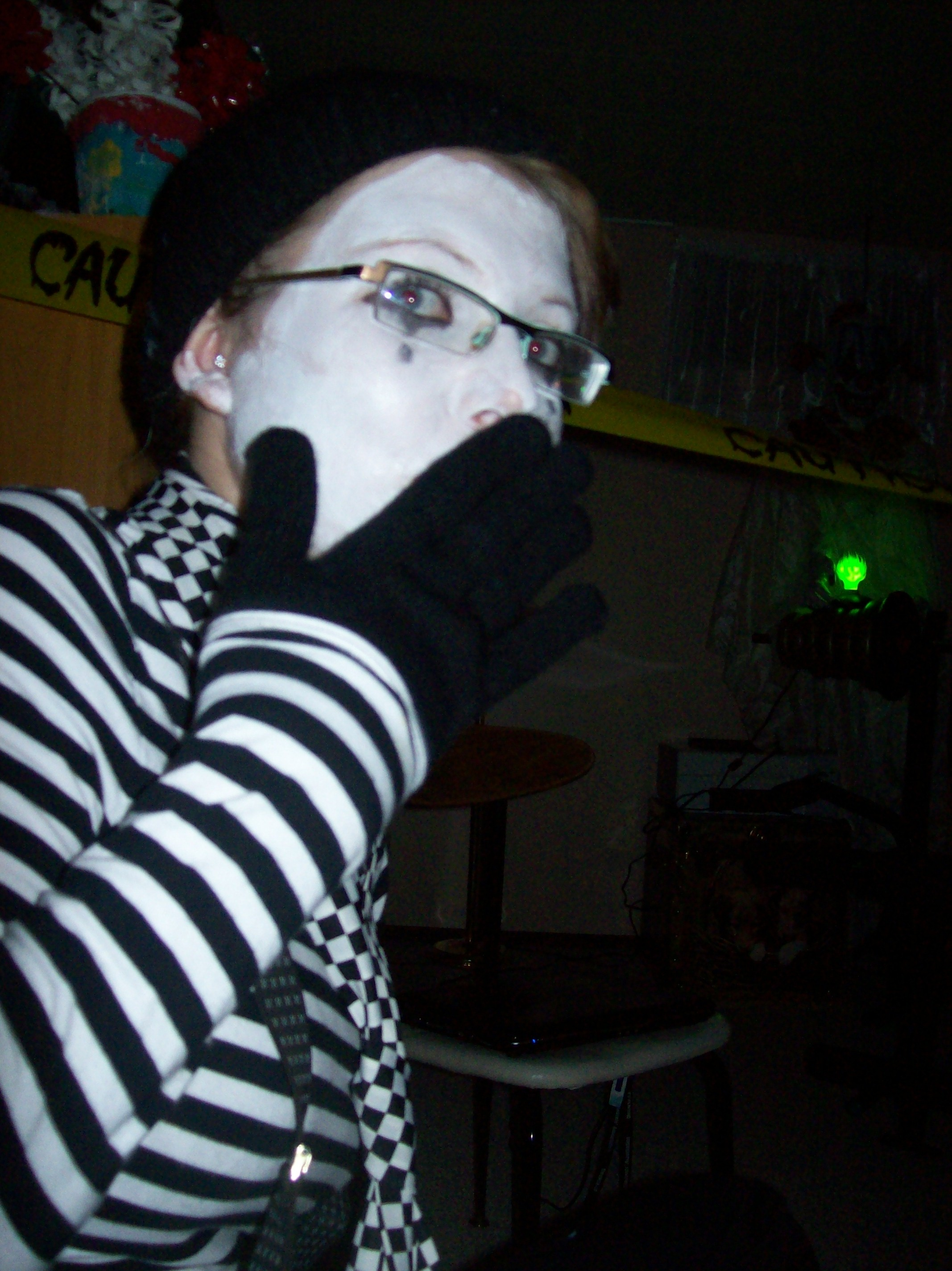 Scared Mime